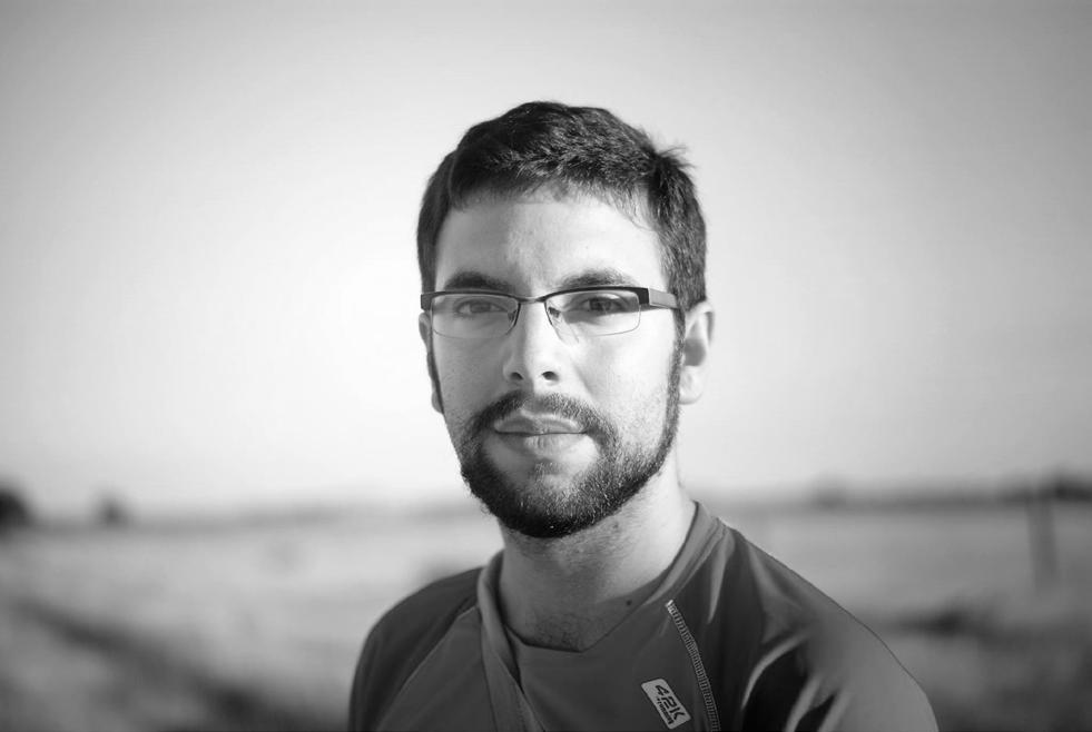 Adolfo García, estudiante ponente telecochip DIY